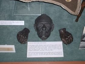 President Lincoln was the subject of a living mask immortalizing him once again.